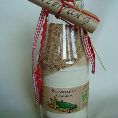 Zucchinikuchen Backmischung Flasche Bioladen Gemüsegarten Eichsfeld